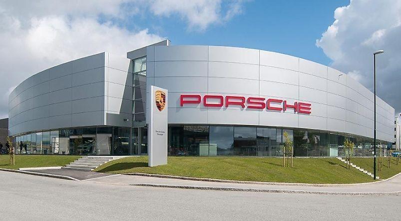 PorscheCenter Stavanger - Alucobond